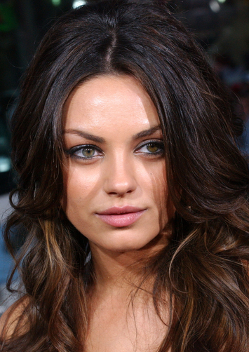 Mila Kunis admite que tendria cirugías plásticas