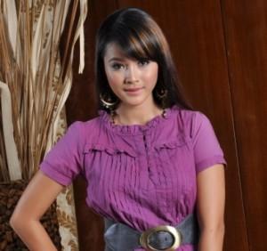Gambar Bogel Almy Nadia Dedah !   Melayu Boleh.Com