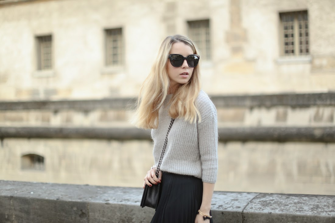 oasis, chanel, zara, fashion blogger, streetstyle, long skirt, big knit, paris, look du jour, outfit
