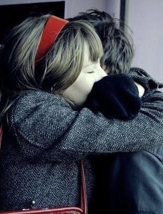 http://1.bp.blogspot.com/-WZ9wQ1xyUuw/TdF-OUuXDEI/AAAAAAAAAD8/nZF0i63Q7Ug/s1600/Nao-deixe-o-amor-passar.jpg