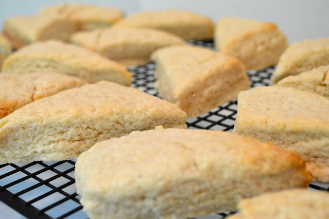 vanilla-scones