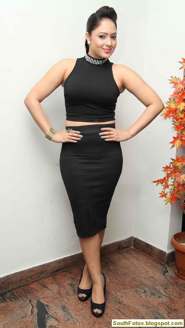 Nikesha Patel Latest Hot Wallpapers