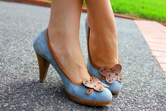 Suede Blue Heels