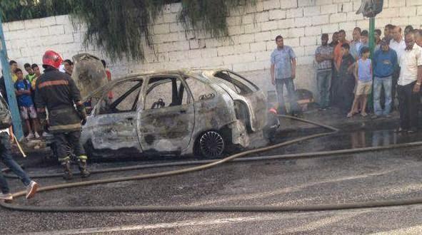 انفجار سيارة بشارع ادريس الاول بمدينة الدار البيضاء