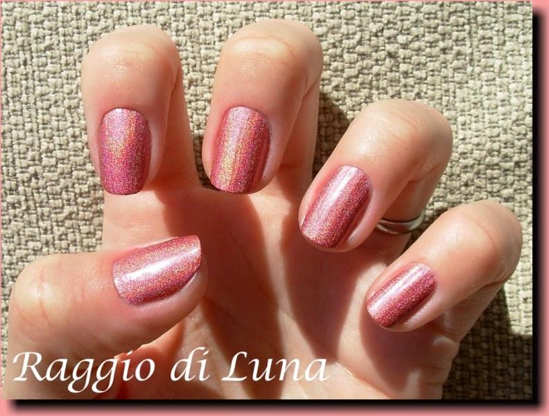 Pupa Holographic Nail Polish 038 Strawberry