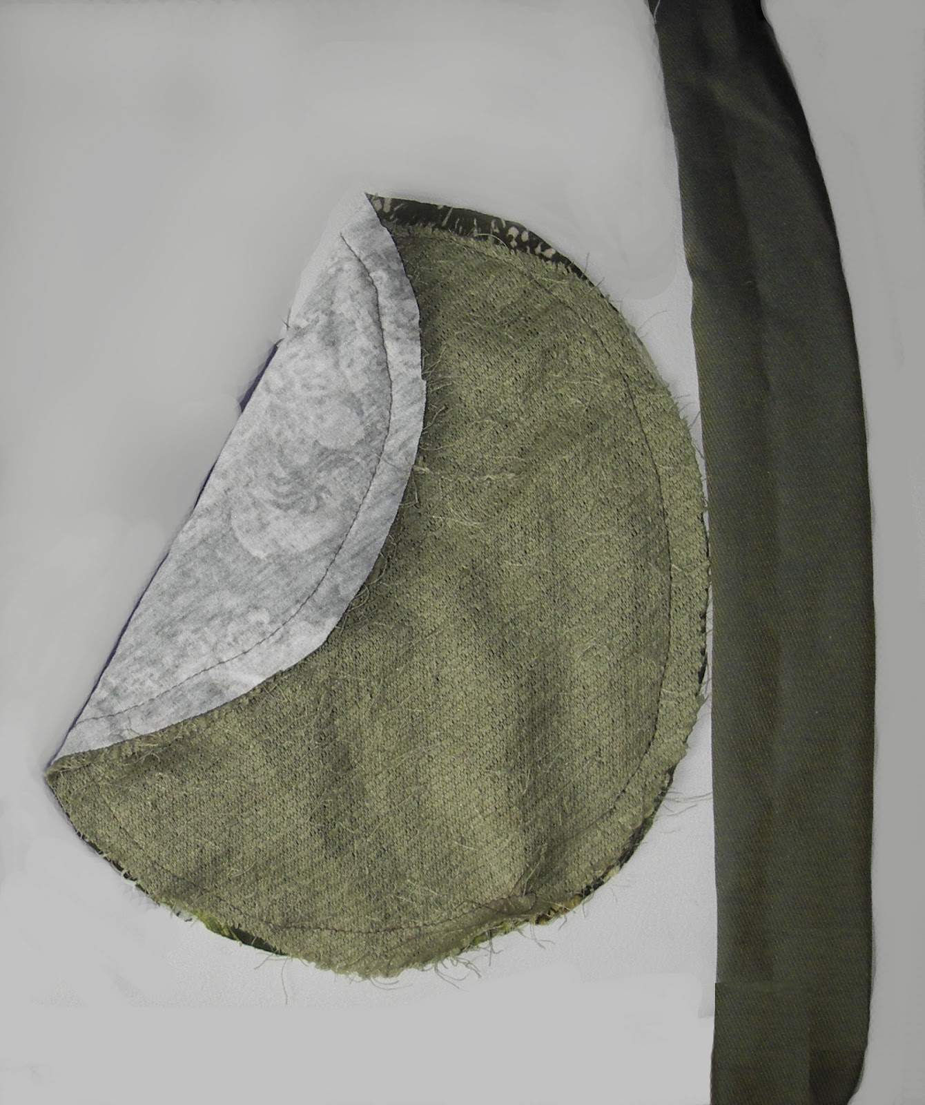 schnittmuster und n hanleitungen zum selber n hen kleine runde schultertasche anleitung gratis. Black Bedroom Furniture Sets. Home Design Ideas