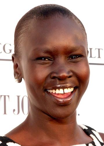 naked african girl gap teeth