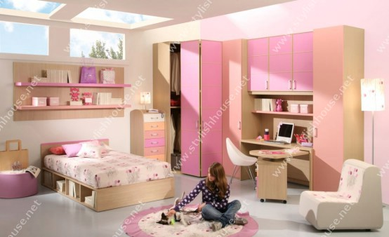 Graceful pink bedroom furniture set