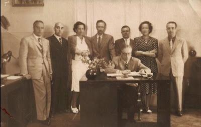 Manuel Tobella con los compañeros del Negociado de Actas de la Diputación