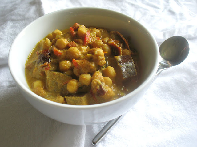 chickpea stew with eggplants tomatoes and peppers recipe chickpea stew ...