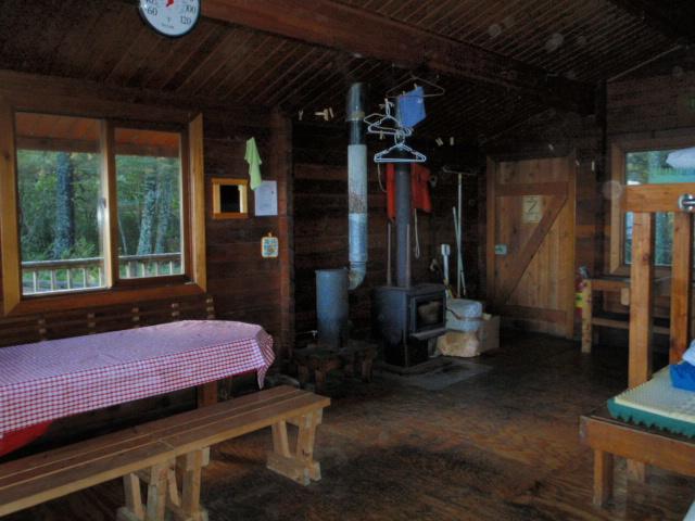 92411 Alaska Deer Hunting Green Island Cabin