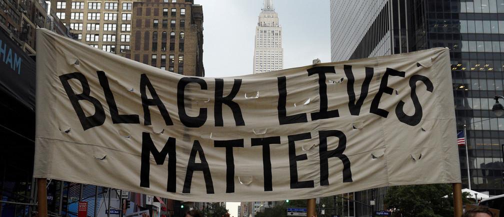 BLACK LİVES MATTER