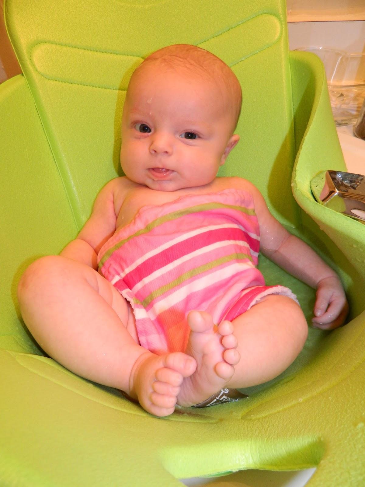 Polka-Dotty Place: Baby Bathtub