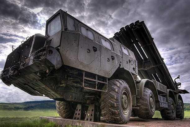 Distrik Militer Timur Rusia Akan Menerima Sejumlah Sistem Peluncuran Roket Tornado-G