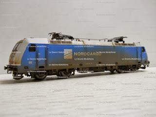 "< src = ""image_6.jpg"" alt = "" Locomotive invecchiate Piko scala 1:87 "" / >"