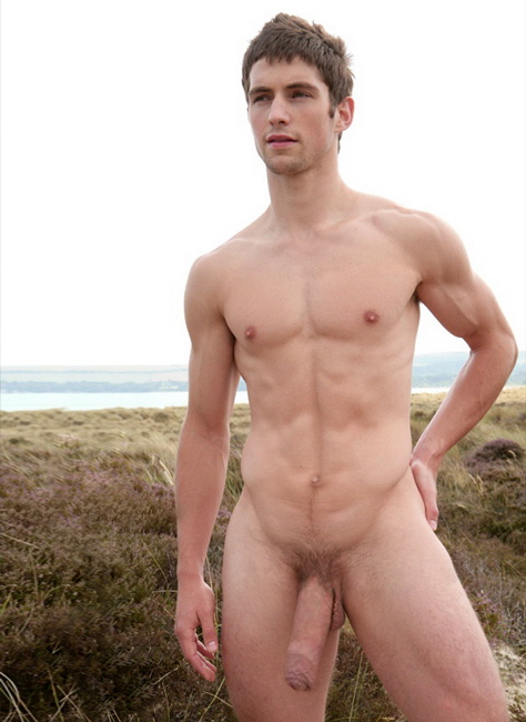 Well Hung Men Naked