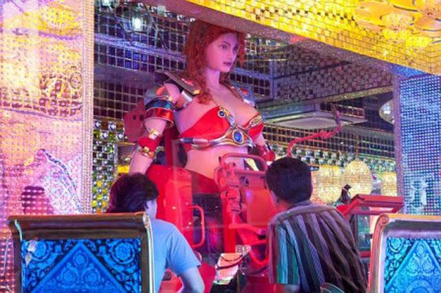 Robot-Wanita-Seksi_1