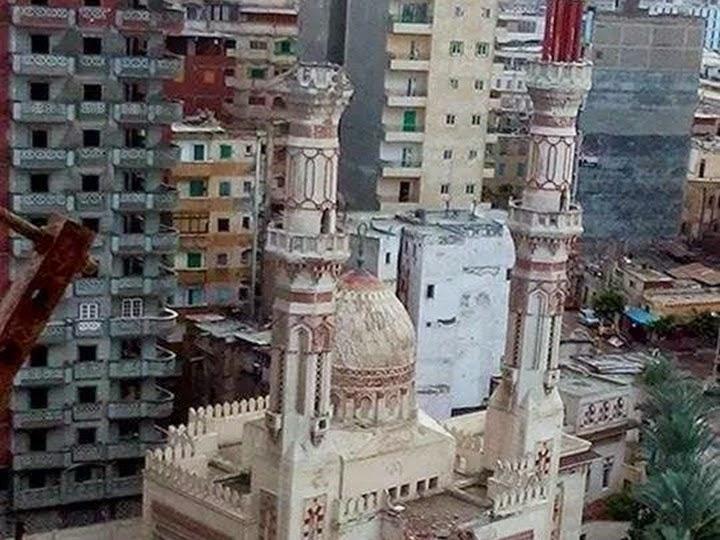سقوط مأذنة وجدار ولوحة إعلانات..حصيلة رياح نوة «راس السنة» بالإسكندرية