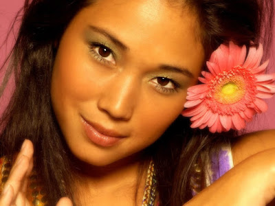 Daniele Suzuki Lovely Wallpaper
