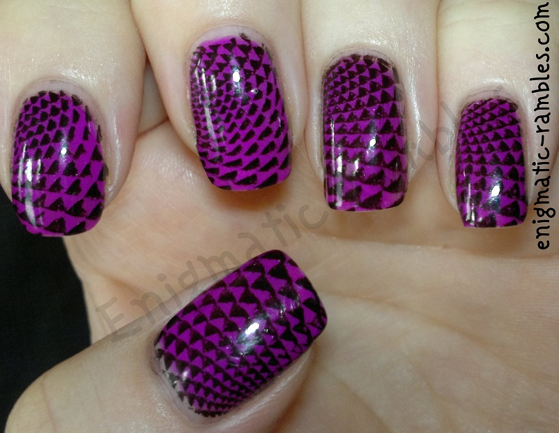 mrs-robinson-color-club-purple-geometric-stamped-stamping-nails-nail-art-moyou-nails-123