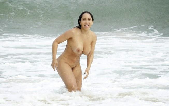 sites de encontros gratuitos nuas na praia