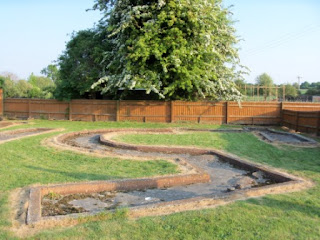 Crazy Golf at The Horse & Harrow Pub in West Hagbourne, Oxfordshire