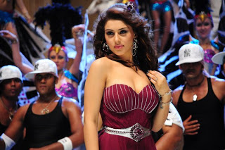 actress hansika motwani hot hd bikini n pantee nude pics images photos wallpapers10