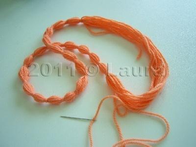 Laura fa collana lana for Nodo invisibile per unire due fili di lana