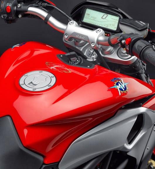 Foto Motor MV Agusta Rivale 800 HD Wallpaper