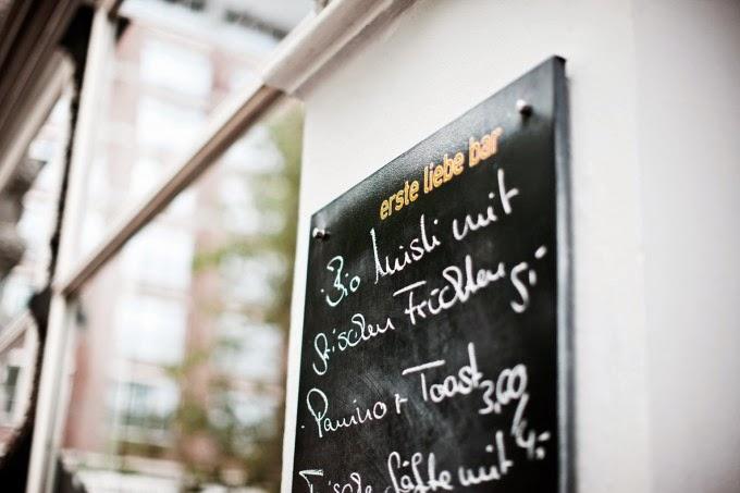 Erste Liebe Bar - Hamburg Sightseeing Tourist Travel Diary Binnenalster Außenalster Hamburg meine Perle Bar Mittagspause Snack Panini schlechtes Wetter Hupsis Serendipity