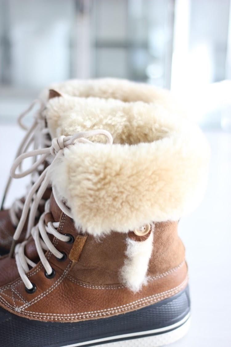 crocs all cast deluxe duc boot