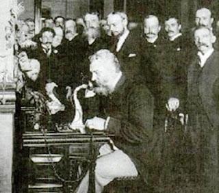 demonstrasi telepon pertama