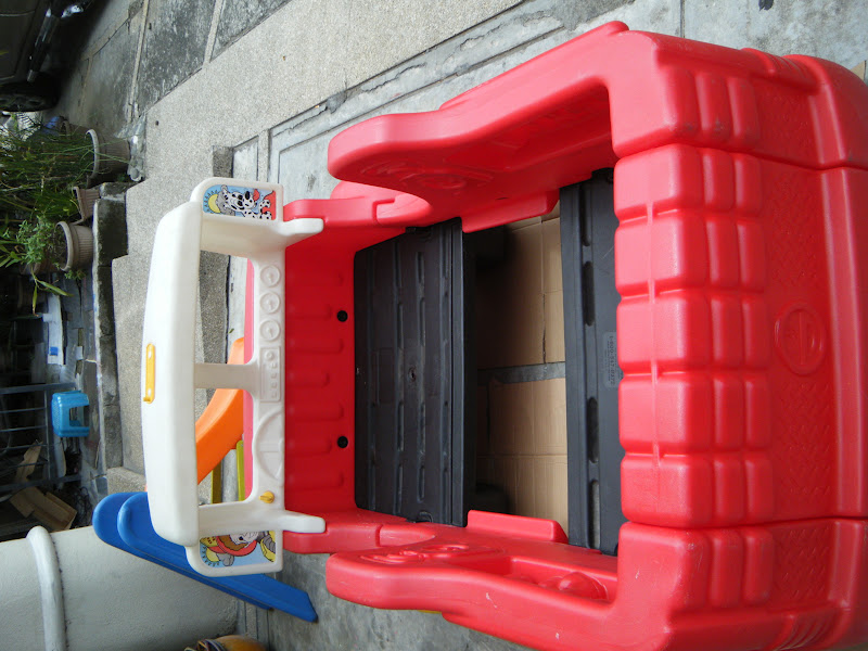 mommyslove4baby143: little tikes fire truck toddlers bed like new