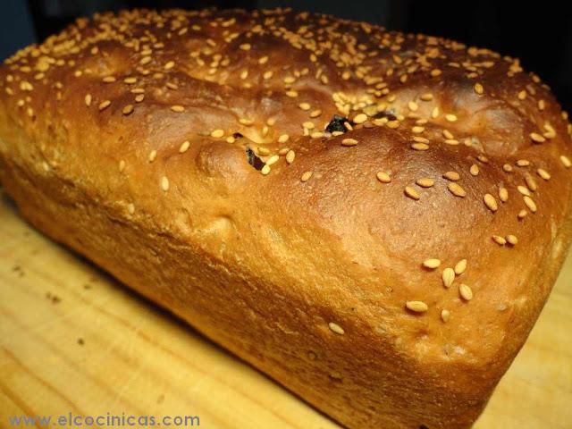 Pan de dátiles y miel