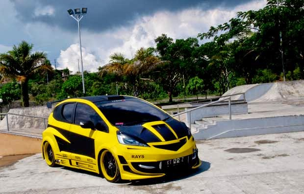 modifikasi mobil Honda all new jazz