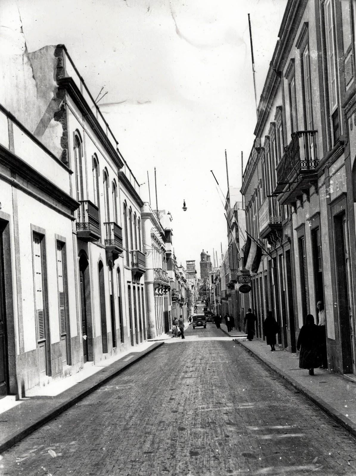 Imagen nº 6901 propiedad de la FEDAC/ Cabildo de Gran Canaria. Realizada entre los años 1930 y 1933. (Fotógrafo sin identificar)