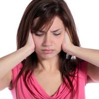 Penyebab Telinga Tiba-tiba Berdenging atau berdengung