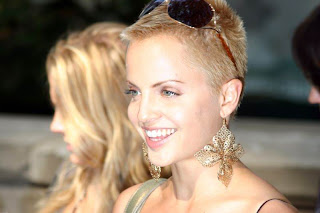 Mena Suvari hairstyle trends - Celebrity hairstyle ideas for women