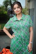 Swathi Glam photos in green-thumbnail-8