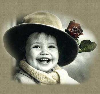 Ser feliz sem motivo é a mais autêntica forma de felicidade. (Carlos Drummond de Andrade)