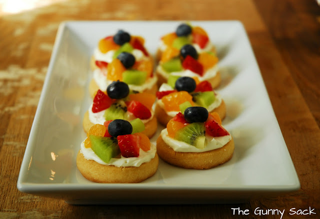 Mini Fruit Pizza - The Gunny Sack
