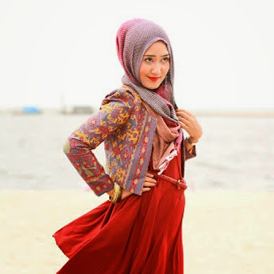 Trend baju muslim ala dian pelangi
