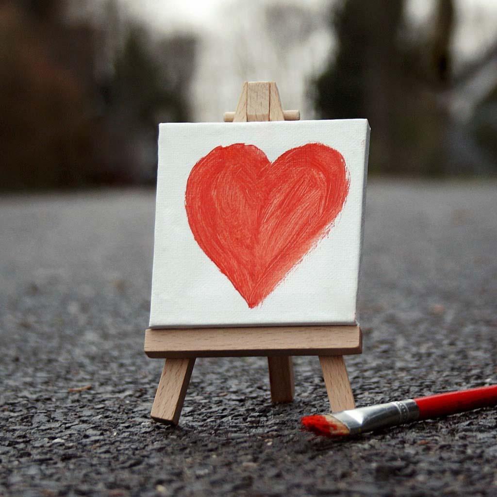 http://1.bp.blogspot.com/-Wdb1rzmtuVQ/UJlpIf4b-5I/AAAAAAAAJwk/NWuMoBLTfEs/s1600/love-paint-ipad-ipad1-ipad2-ipad-mini-wallpaper.jpg