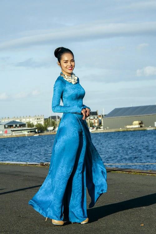 Vietnamese actress Duong Cam Linh