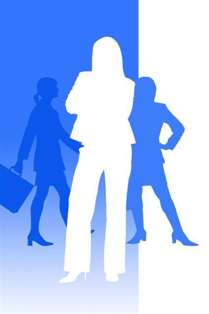 Benarkah Bos Wanita Lebih Galak & Menyebalkan?
