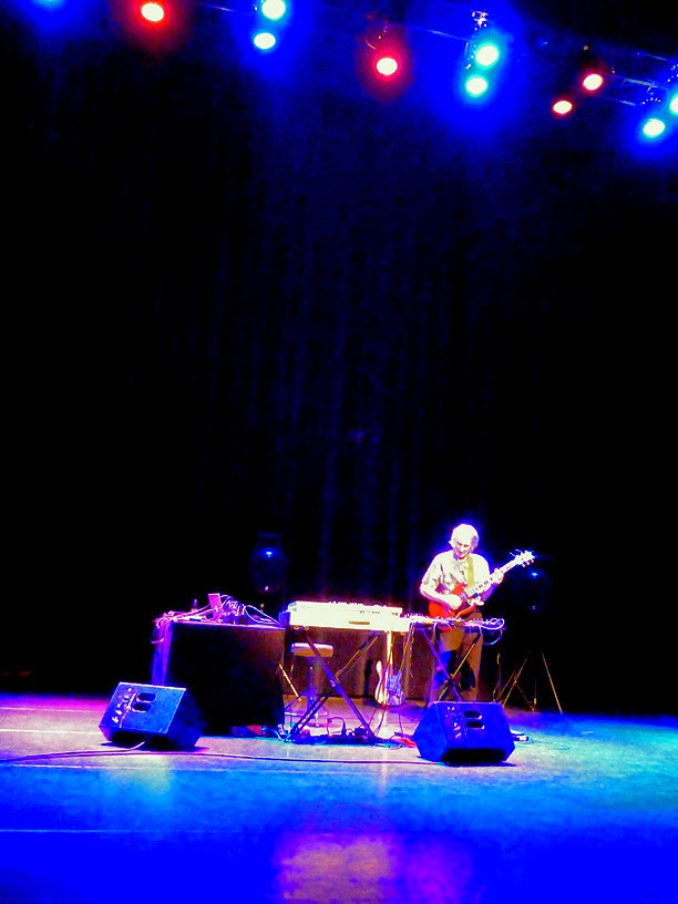 Manuel Göttsching live @ E-Live 2014 / photo S. Mazars