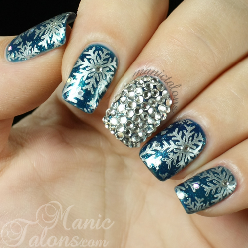 snowflakes and crystals nails