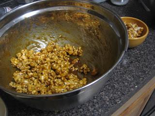 Cream Cheese-Chile Powder Caramel Popcorn