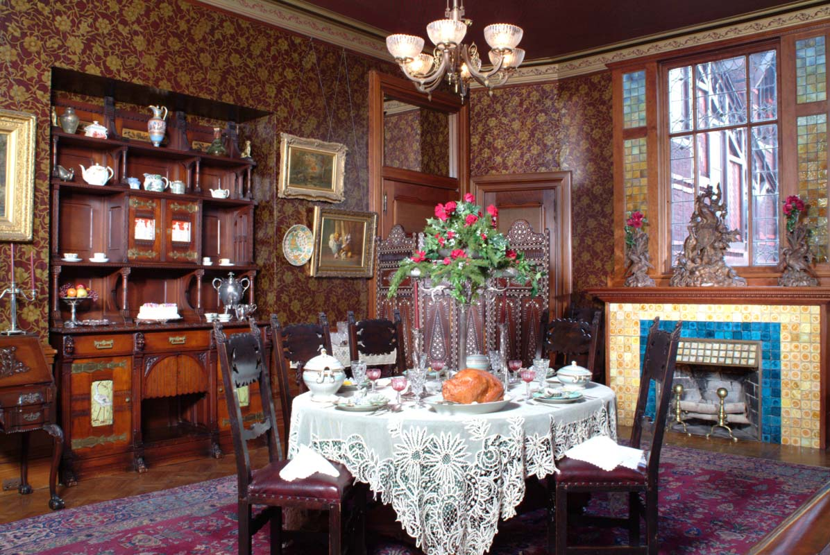The danville experience an adventure with samuel clemens for Victorian house dining room ideas