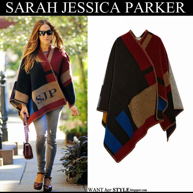 Sarah Jessica Parker in monogrammed colorblock wool Burberry blanket cape september 17 want her style fall fashion